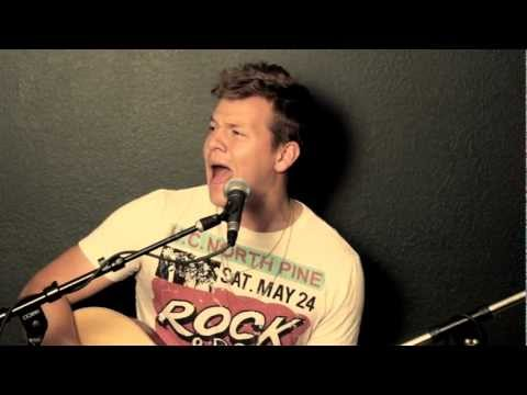Somebody That I Used To Know - Gotye (Tyler Ward Acoustic Cover)