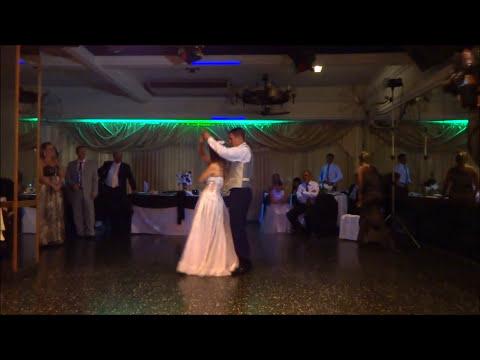 Coreografía casamiento increible,graciosa, divertida, novios bailando el vals-Surprise wedding dance