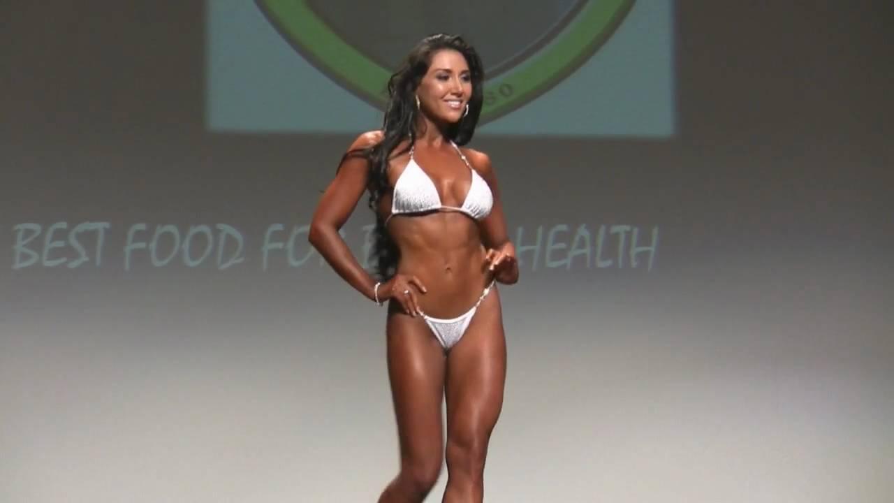 2010 NZNPC Pro Figure-Bikini - Pro Bikini - YouTube