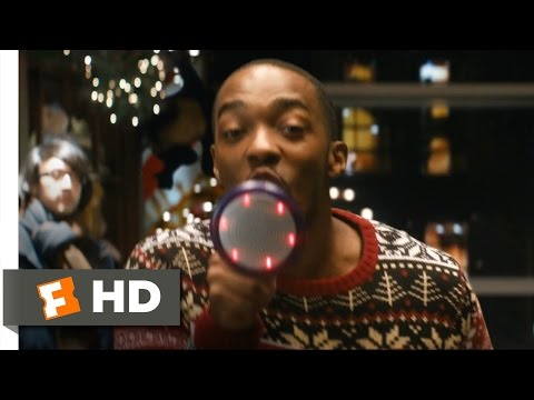 The Night Before (1/10) Movie CLIP - Toy Store Runaway (2015) HD