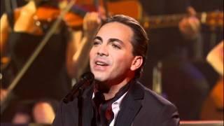 Yanni -  Ni La Fuerza Del Destino (Vocal performance by Cristian Castro) Live 2009 HD