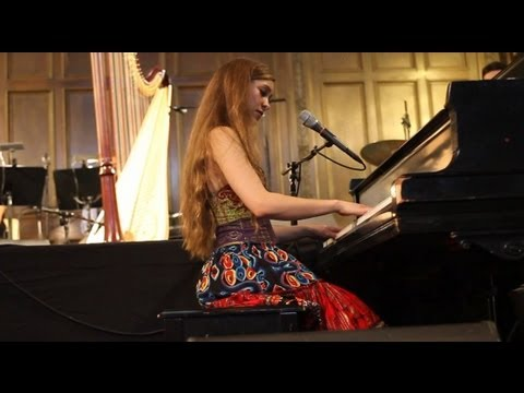 Joanna Newsom 3.20.10 at the Unitarian Church 8 songs