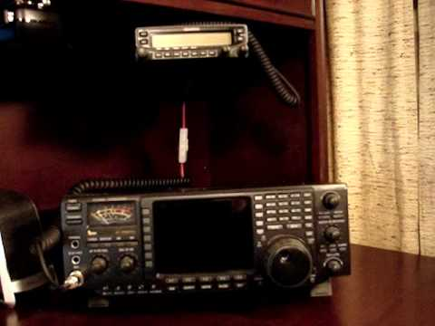 Modern (digital) Ham Radio desk PT1