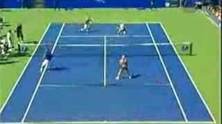 Anna/Rafa vs. Roger/Navra
