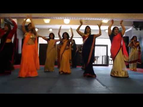 Ambarsariya Dance Performance !! Best Wedding Dance 2014 !!...