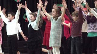 Scales Elementary - Holiday Choral Concert (2015)