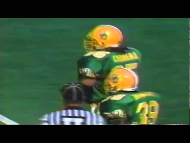 Oregon DE D.J. Cabrera sacks UNLV's quarterback 9-26-1992