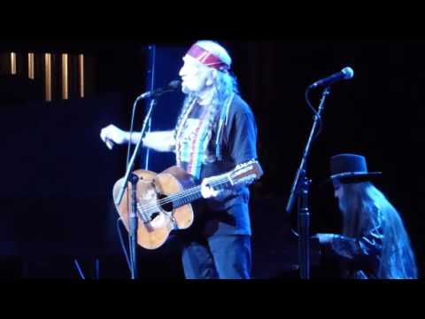 "Willie Nelson/Merle Haggard-Live-""Move it on Over"" #1"