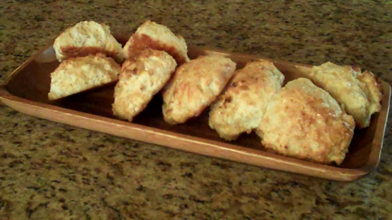 Garlic Cheese Biscuits - Lynn's Recipes - YouTube