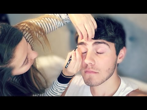 Zoe Plucks My Eyebrows!