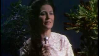 Watch Loretta Lynn I Believe video