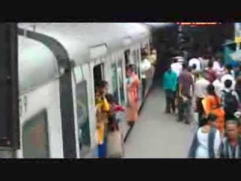 Local Train & Platform In Kolkata video