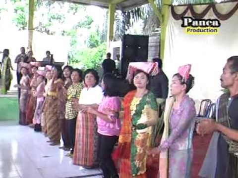 Lagu Simalungun: Holong Mangalop Holong, Karya Panca I. Saragih. video