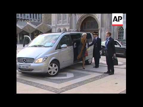 G20 finance ministers arrive for evening dinner