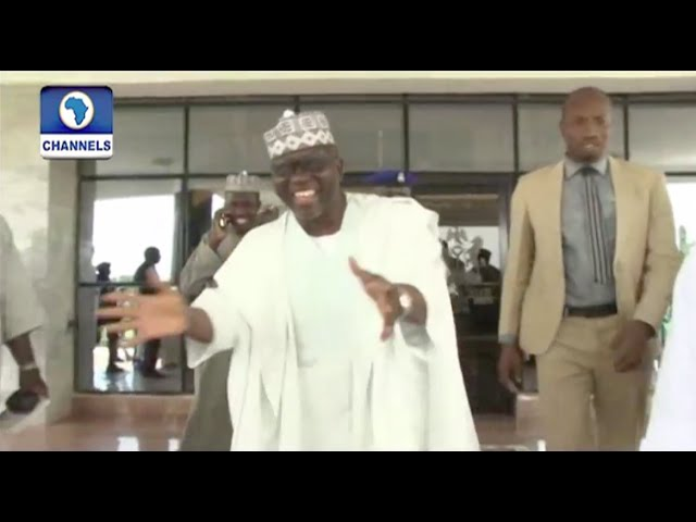 Gov. Al-Makura Welcomes Labaran Maku To The Governors Race With Shoki Dance