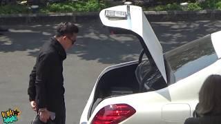 [8VBIZ] - Trấn Thành đi siêu xe 5 tỷ, Đại Nghĩa Việt Hương đi Taxi đến sự kiện