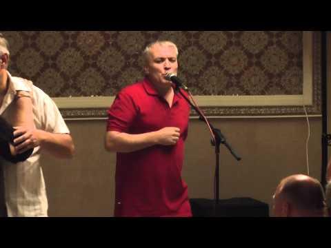 Александр Дюмин в кругу друзей в Муз Кафе на Щёлковском 12