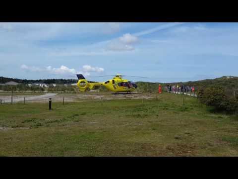 Trauma helikopter stijgt op, op Ameland
