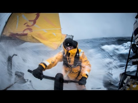 500 nm to go! - Abu Dhabi Ocean Racing | Volvo Ocean Race 2014-15