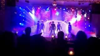 Domina Coral Bay dance show