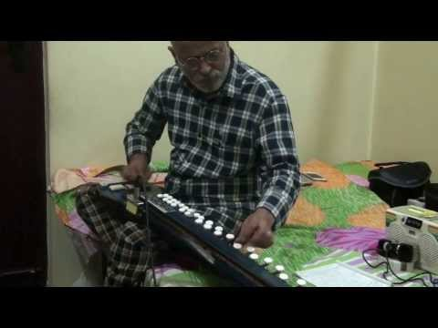 Marathi Abhang Majhe Maher Pandari(bheemsen Joshi)on Bulbul Tarang banjo By Vinay Kantak video