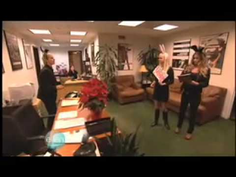Ellen, Carmen and Anna Farris go over to George Clooneys office