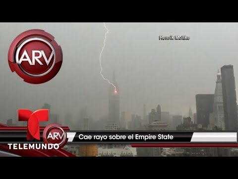 Poderoso rayo cae sobre Empire State   Al Rojo Vivo   Telemundo