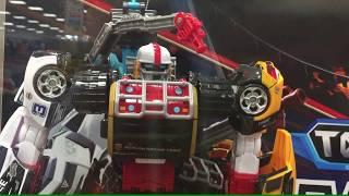 Hội ngộ oto đồ chơi transformer siêu anh hùng