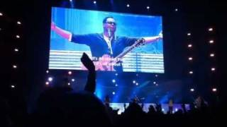 Jesus be the centre (It's all about You) - Israel Houghton + lyrics