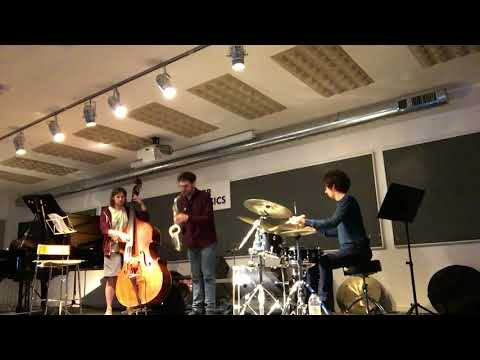In Roots - Lonnie´s Lament (John Coltrane)