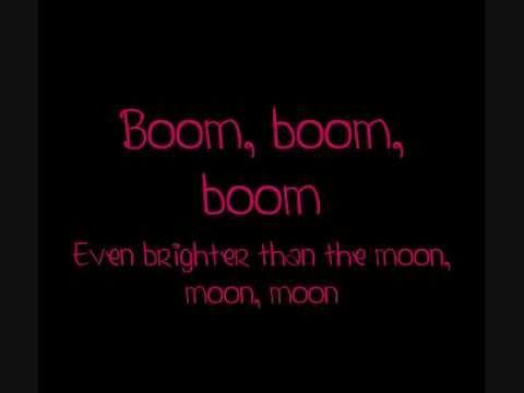 Katy Perry Firework Lyrics video