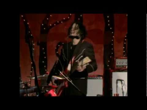 The White Stripes - Man (Fever to Tell)