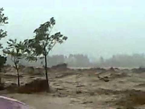 Swat Flood......akbar.flv video