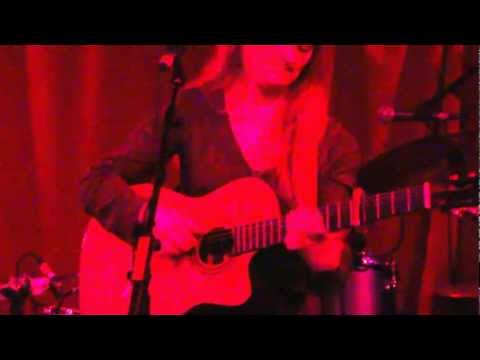Raimonda - The Night (Live at Monto Water Rats 25/5/2012)