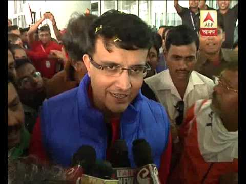 Sourav Ganguly gives his first reaction at airport after his team crowned ISL champions