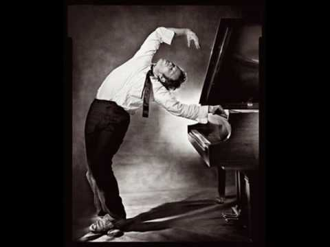 Tom Waits - Rockin Chair