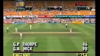 Batsmen not allowed to make a ton, Hick's 98* - 3rd test 1994/95 Ashes