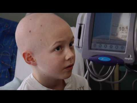"The Making of Kelly Clarkson s ""Stronger"" at Seattle Children s Hospital"