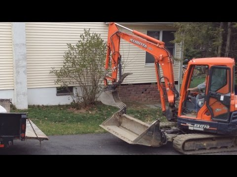 Kubota excavator attachment hercules video 2