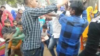 Desy boy dance