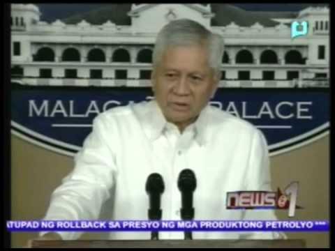 Palasyo, nilinaw na hindi totoong nagbitiw si Sec. Albert del Rosario