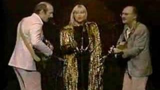 Peter, Paul & Mary - Puff The Magic Dragon