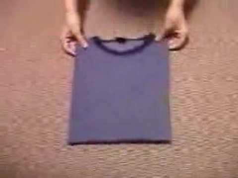 Japanese Way Of Folding T-shirts! video