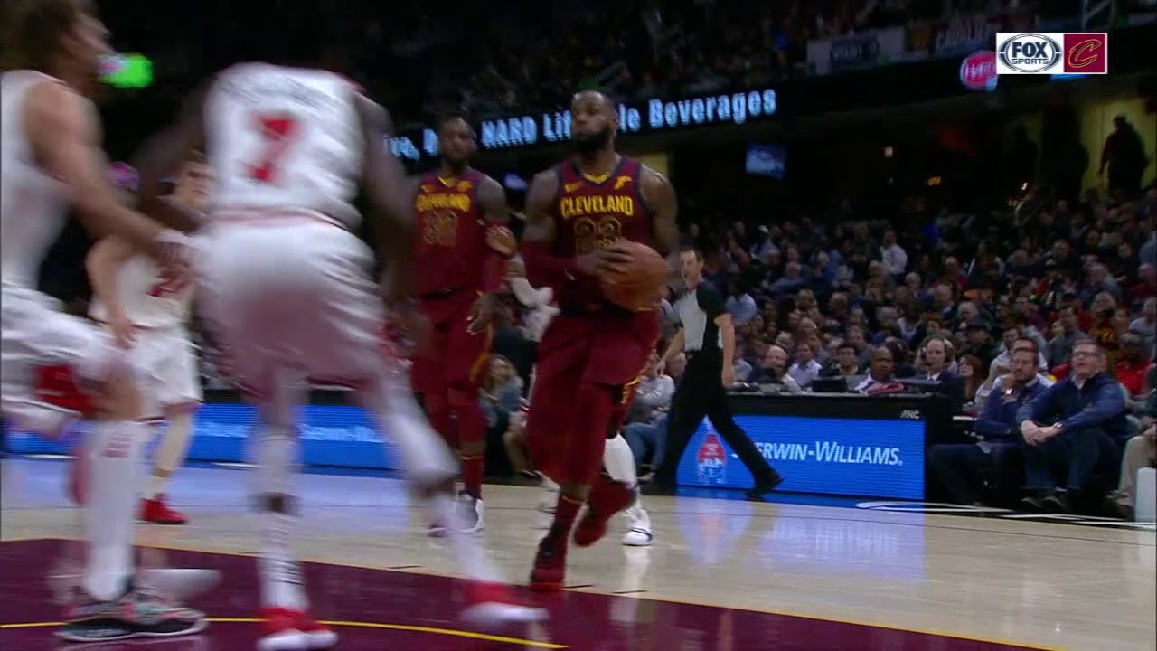 LeBron James starts first game at point guard in 12 years | ESPN