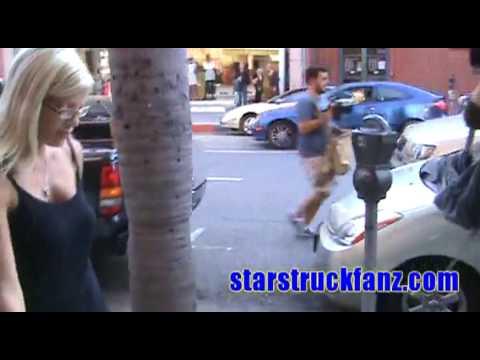 starstruckfanz.com sees Tori Spelling and husband Dean McDermott