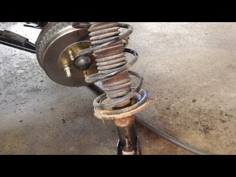 Ford Taurus Rear Strut Removal & Installation