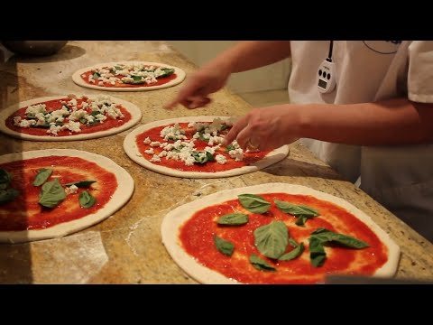 Nella's Authentic Neapolitan Pizza - Chicago
