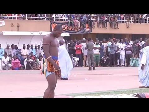 Niger, TOURNOI DE LUTTE TRADITIONNELLE thumbnail