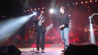 "Charlie Wilson brings Scotty McCreery on stage to sing ""Charlie, Last Name, Wilson"""