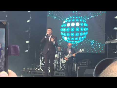 Rick Astley - Uptown Funk (live at Let's Rock London 27 June 2015)